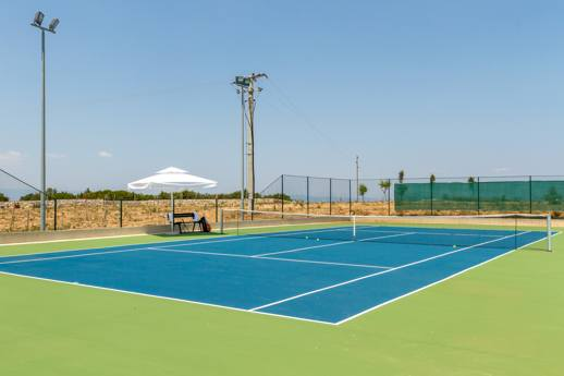 villa amalia tennis court